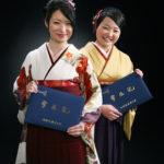 友達同士の卒業写真。袴姿フォト(女性二人)