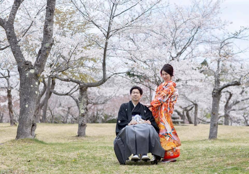 八郎沼公園ー桜の中でのウエディングフォト